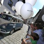 Beim Falnieren des Volkswagen Samba Busses kam Freude auf