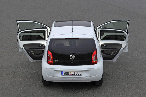 Volkswagen UP! als Viertürer