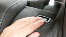 Fingernägel bitte vorher kürzen