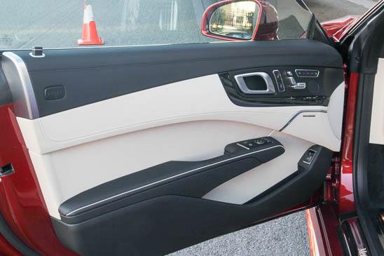 Mercedes SL Innenraum Details