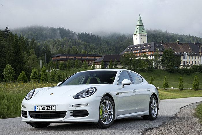 Top gestylt ins Weekend:Porsche Panamera