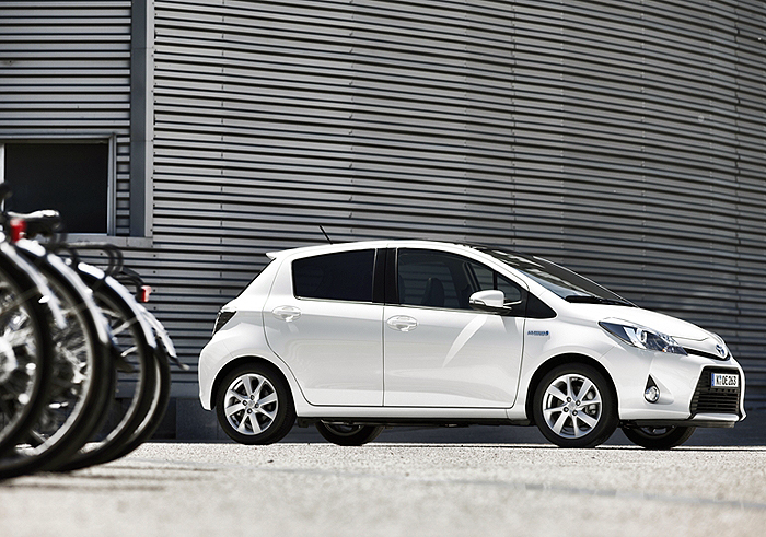 Toyota Yaris Hybrid – Mach's mir für die Hälfte